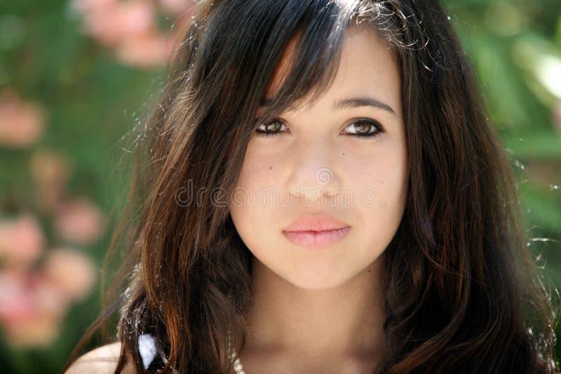 Droevig Aziatisch meisje stock afbeelding