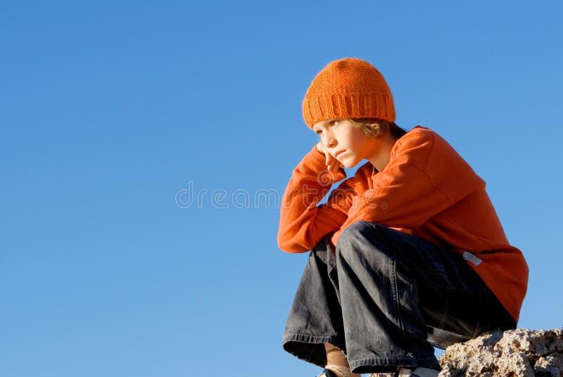 Droevig eenzaam kind royalty-vrije stock foto