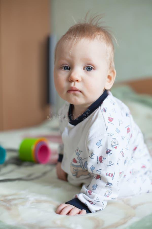 Droevige baby royalty-vrije stock foto's