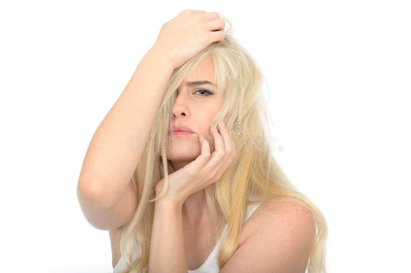 Droevige Ongelukkige Gefrustreerde Jonge Vrouw die Beklemtoond en Ongerust gemaakt kijken stock afbeelding
