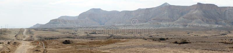 Droga i góra zdjęcie royalty free