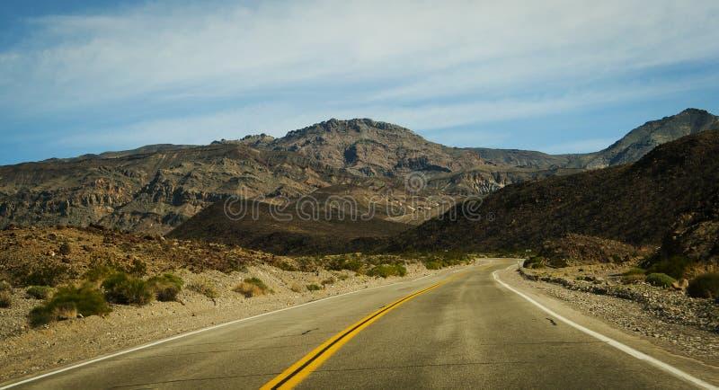Droga Joshua drzewa park narodowy Kalifornia zdjęcia stock