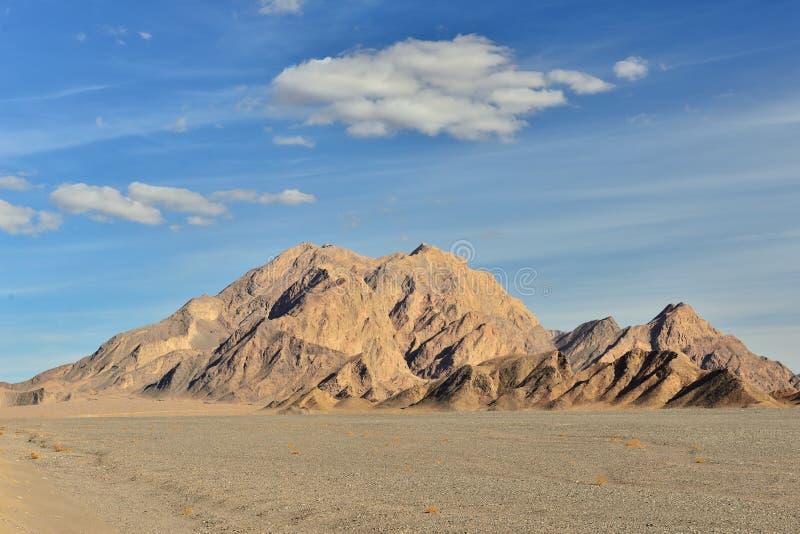 Droga w głęboką pustynię jedwabny szlak Iran fotografia stock