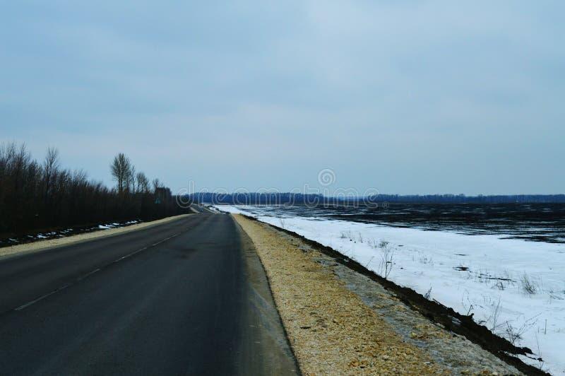 Droga w zimie w Rosja obrazy royalty free