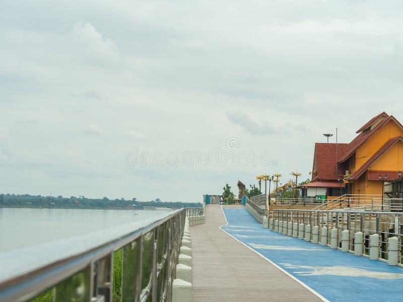 Droga wzdłuż Mekong rzeki zdjęcia stock