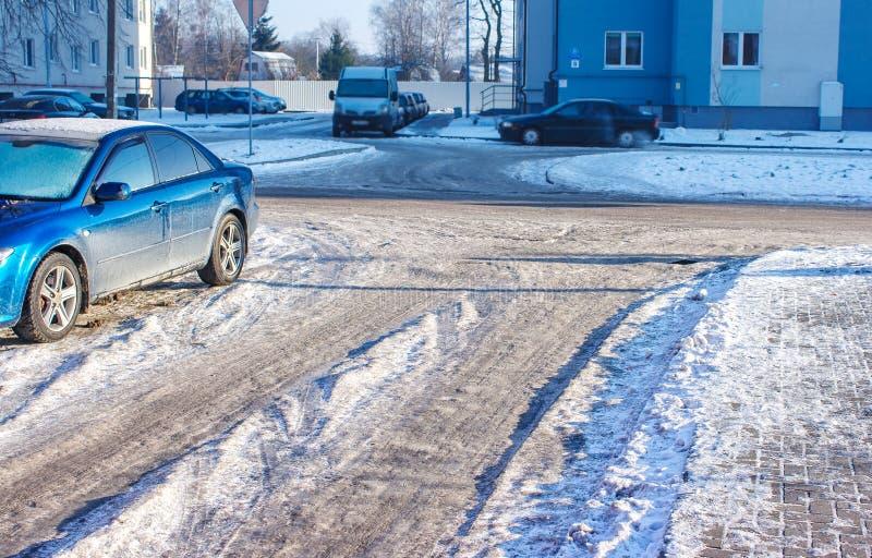 Droga zakrywająca z lodem zdjęcie stock
