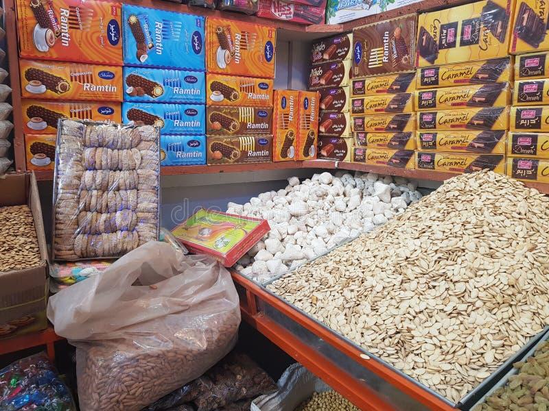 Droge fruitwinkel in Quetta, Pakistan stock afbeeldingen