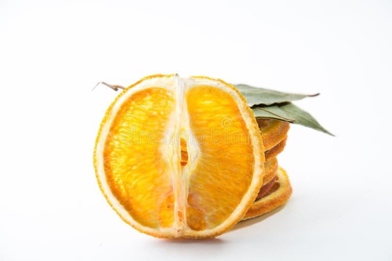 Droge geïsoleerde sinaasappelen stock foto