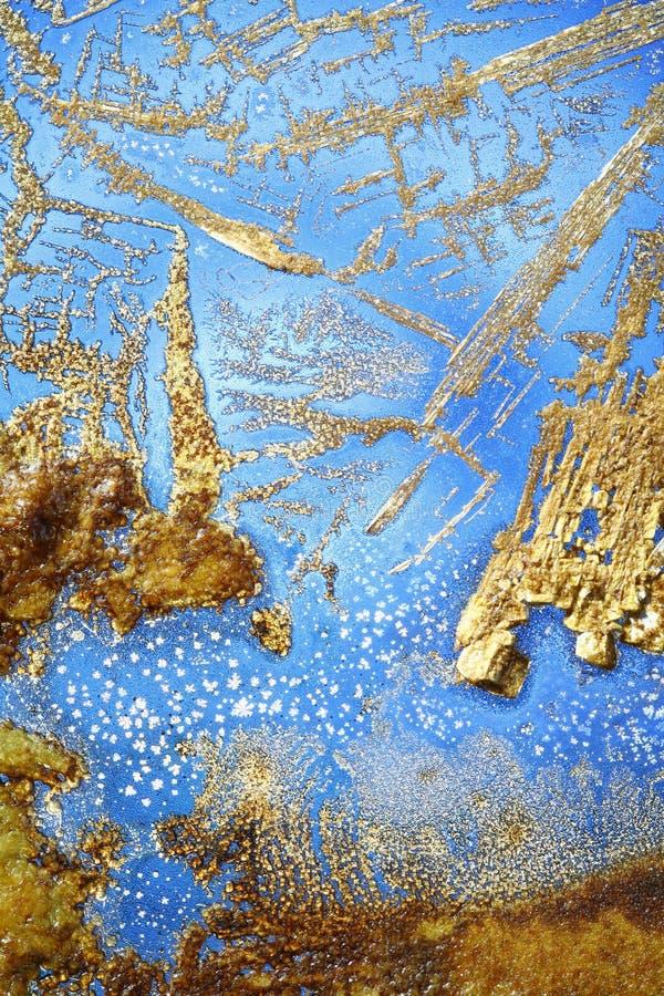 Droge Kristallen op lichtblauw royalty-vrije stock fotografie