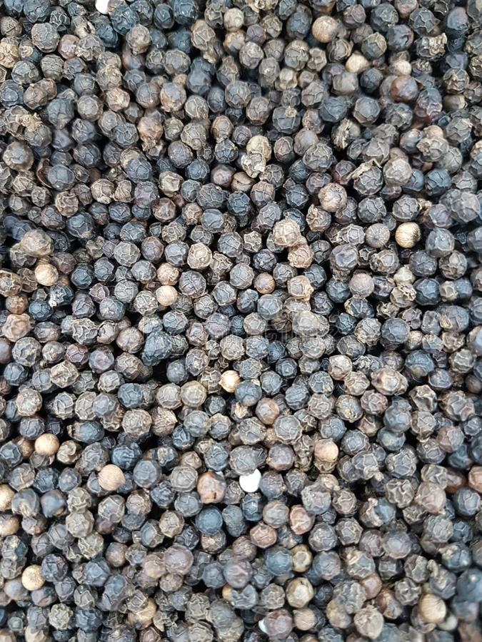 Droge rode die Spaanse pepers, samen in grote aantallen worden gestapeld stock afbeeldingen