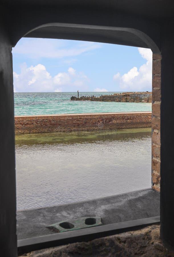 Droge Tortugas-Mening van Fort Jefferson Window royalty-vrije stock foto's