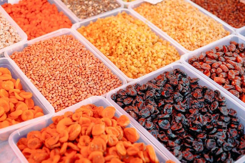 Droge Vruchten markt stock afbeeldingen