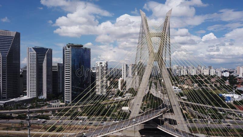 Drogiego na grobli Octà ¡ vio Frias De Oliveira São Paulo - SP zdjęcia royalty free