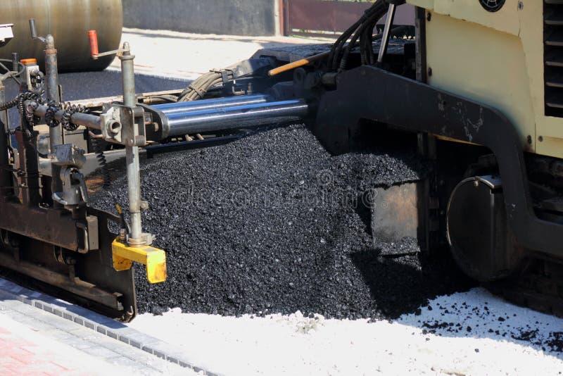 Drogowa maszyna przy budowy drogi miejscem obrazy stock