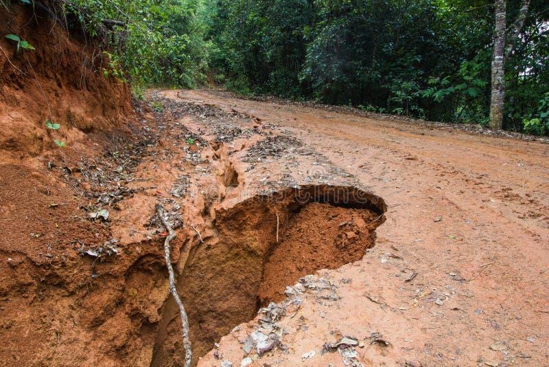 Drogowa osunięcie się ziemi szkoda fotografia stock