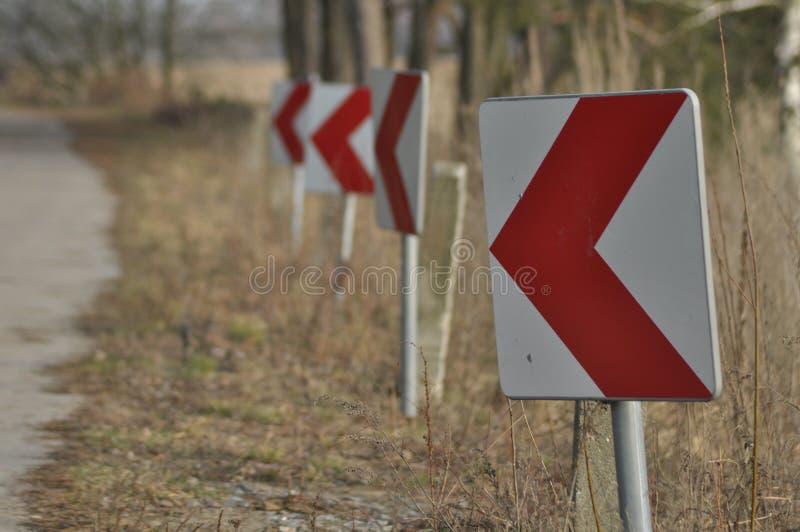 Drogowi znaki znak chył winding zdjęcia stock