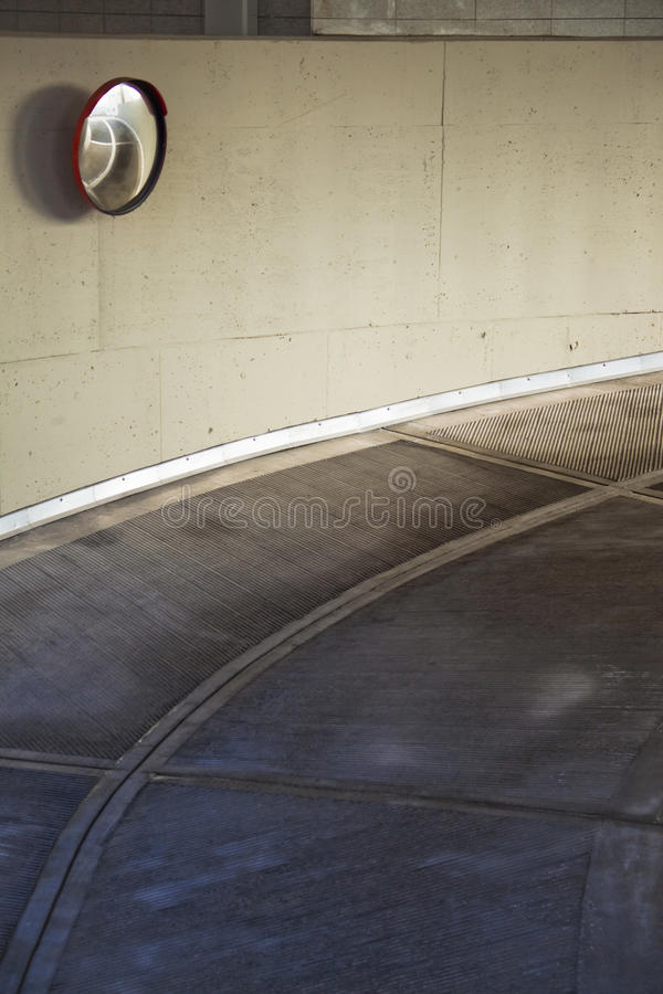 Download Drogowy ślizganie obraz stock. Obraz złożonej z pałac - 13340651