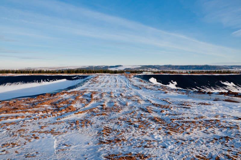 drogowy objętych śnieg Powrotu dom po praca dnia zdjęcie stock