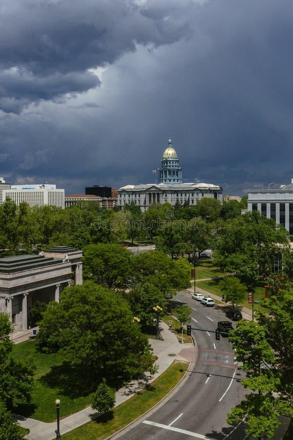 Drogowy Prowadzić Kolorado stanu Capitol zdjęcie royalty free
