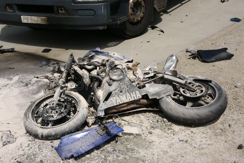 Drogowy wypadek uliczny, motocyklu trzask fotografia stock
