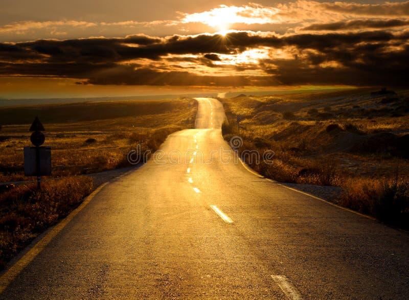 drogowy zmierzch zdjęcie royalty free