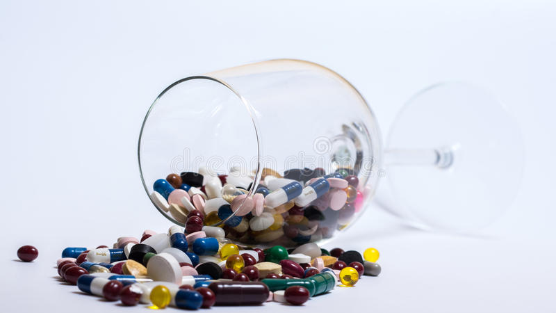 Drogues et pillules photographie stock libre de droits
