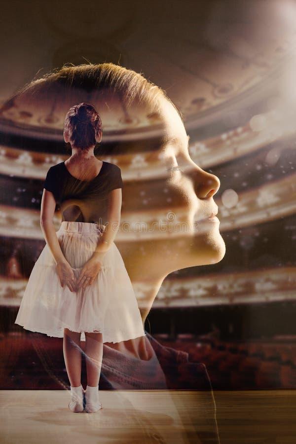 Dromen van meisje om een ballerina, creatieve collage te zijn stock foto
