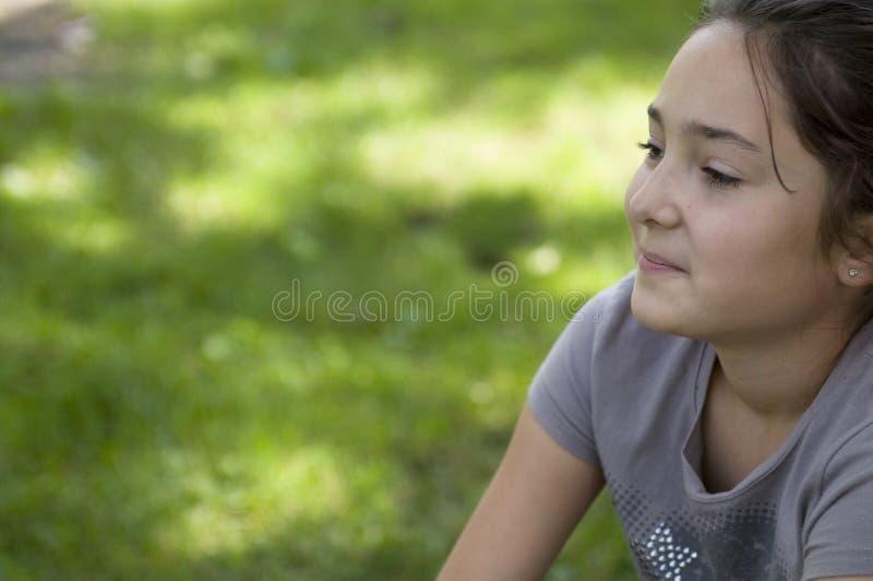 Dromend meisje royalty-vrije stock fotografie