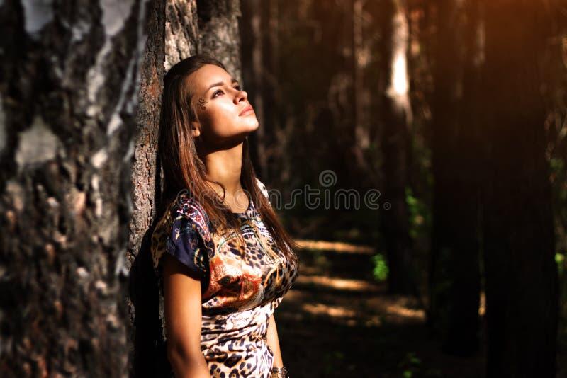 Dromerig meisje royalty-vrije stock fotografie
