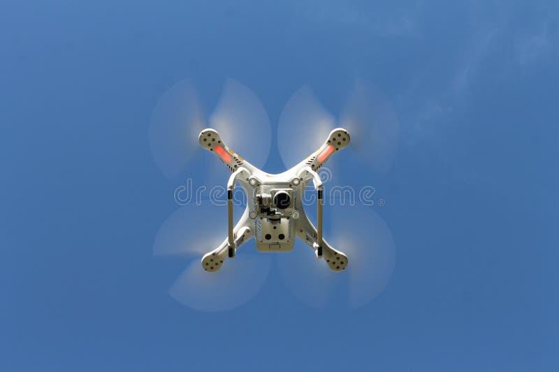 Dron som underifrån ses royaltyfri fotografi