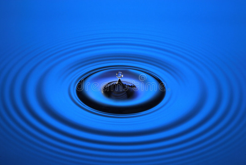 droppvatten arkivbilder