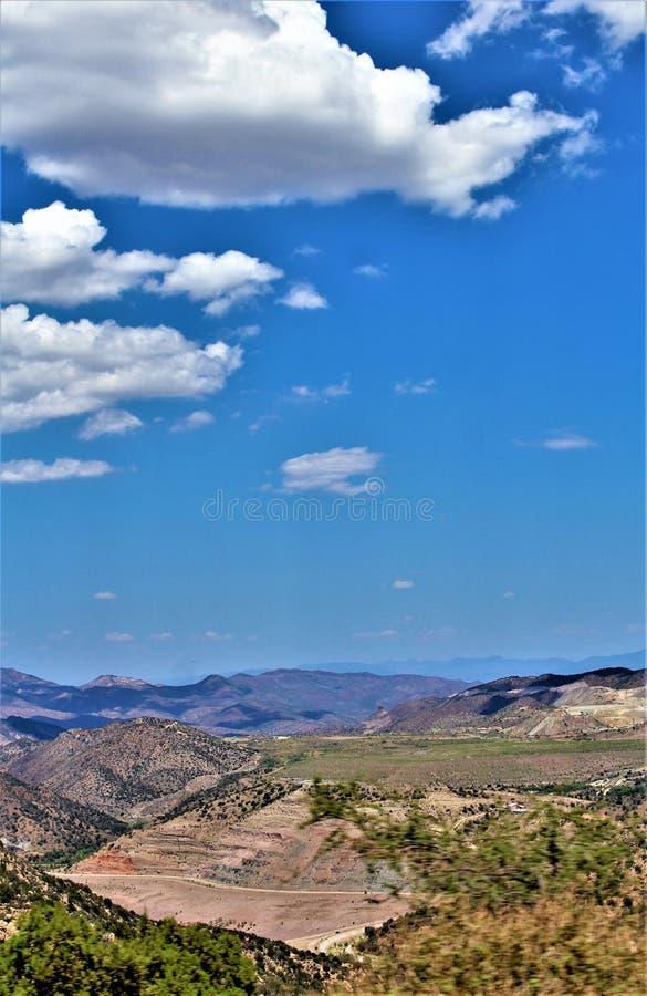 Drossel-Bergwerk, Tonto-staatlicher Wald, Kugel-Miami-Bezirk, Gila County, Arizona, Vereinigte Staaten lizenzfreies stockfoto