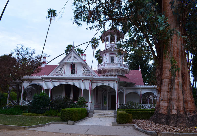 Drottning Anne Cottage Historic Structure royaltyfria bilder