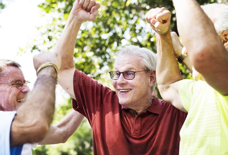 Drużyna szczęśliwi starsi mężczyzna obrazy royalty free