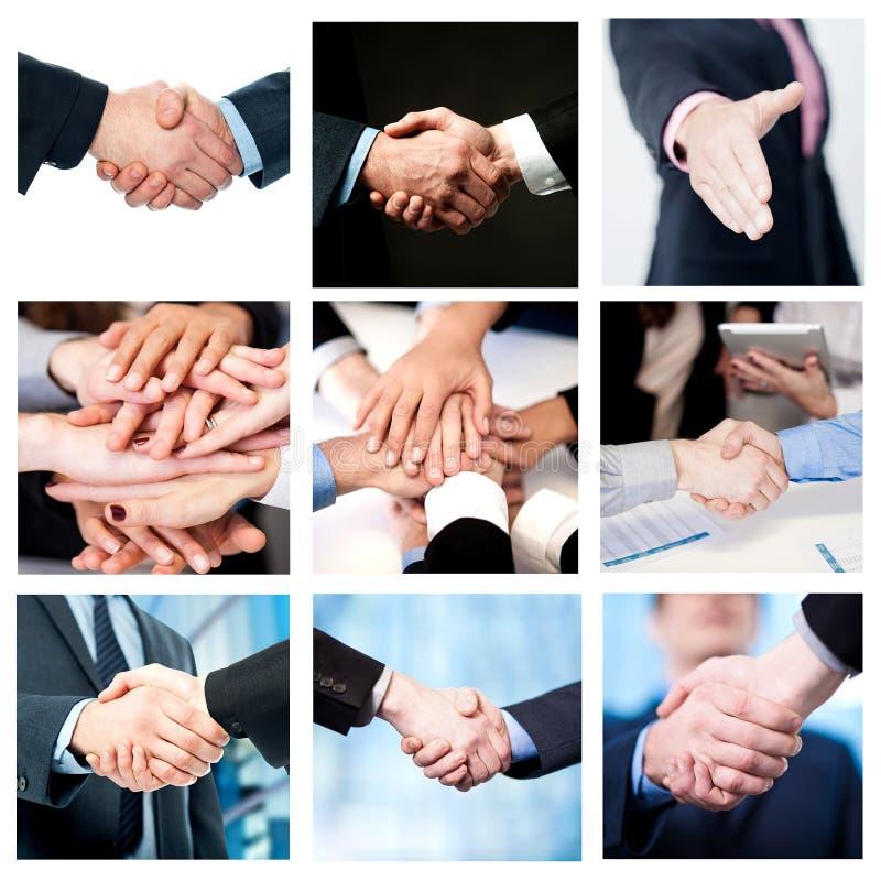 Drużynowa praca i biznesu uścisk dłoni, kolaż fotografia royalty free