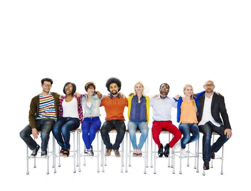 Drużynowej pracy zespołowej różnicy jedności poparcia społeczności Przypadkowy pojęcie zdjęcia royalty free
