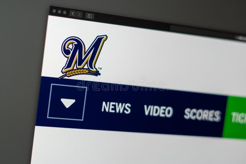 Dru?yny basebolowej Milwaukee piwowar?w strony internetowej homepage Zamyka w g?r? dru?ynowego logo obraz royalty free