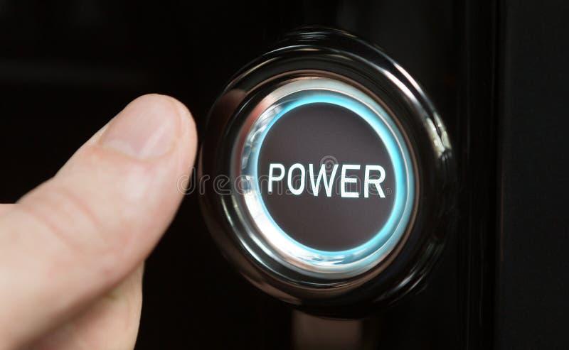 Druckknopf des männlichen Fingers mit Text Energie lizenzfreie abbildung
