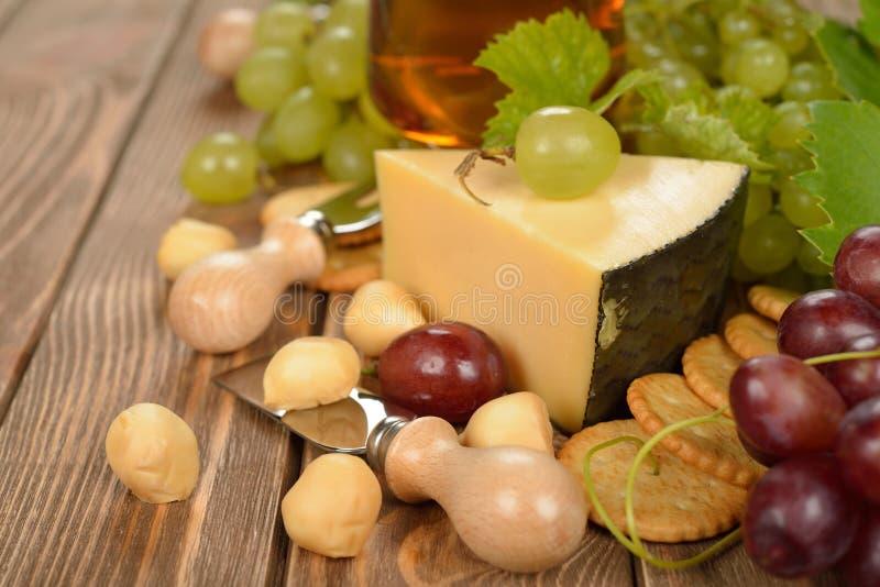 Druiven en kaas stock foto