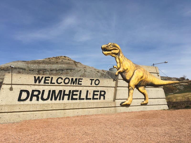 Drumheller, Alberta, Canada 18 April 2019: De grootste dinosaurus van de wereld, het dinosauruskapitaal van de wereld, Reis Histo royalty-vrije stock afbeeldingen