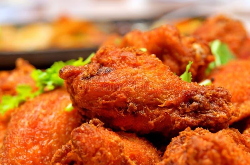 Drumlets de poulet frits en pâte de crevette photographie stock
