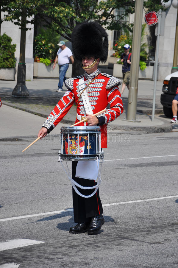 Download Drummer In Changing Of Guard, Ottawa Editorial Image - Image: 20229695