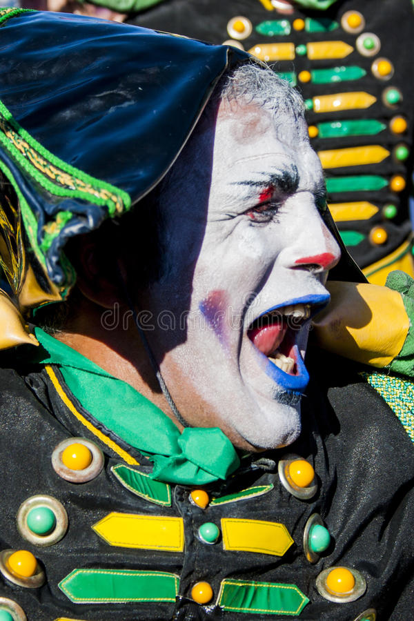 Download The Drummer Mime In St.Petersburg Editorial Stock Photo - Image of drums, actor: 90702353