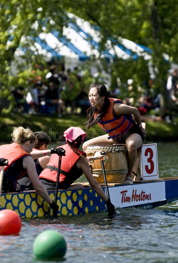 Download The Drummer Of Sovereign  Dragon Boat Editorial Stock Image - Image: 21460664