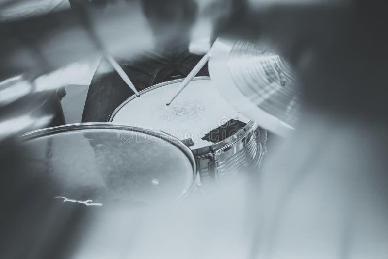 drummers Música, povos, instrumentos musicais e entretenimento c imagens de stock royalty free
