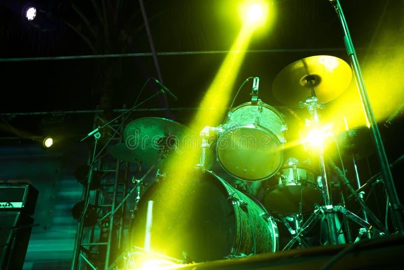 Drumms en etapa fotos de archivo