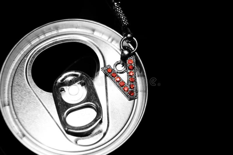 drycken kan charma v arkivfoton