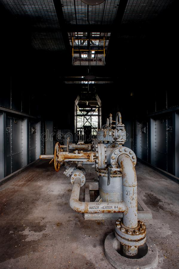 Drymby - wykolejeniec Węglowa elektrownia - Zaniechanego Indiana wojska Amunicyjna zajezdnia - Indiana fotografia stock