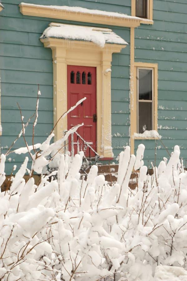 drzwi 2 śnieg zdjęcia royalty free