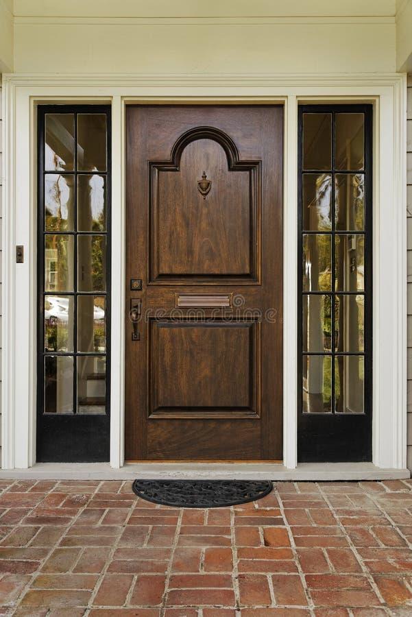 drzwi drewniany frontowy obraz stock